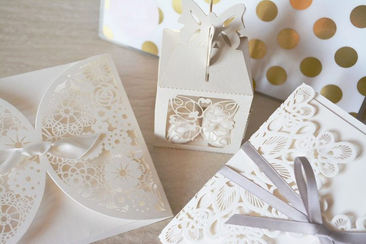 Choosing Bespoke Wedding Invitations
