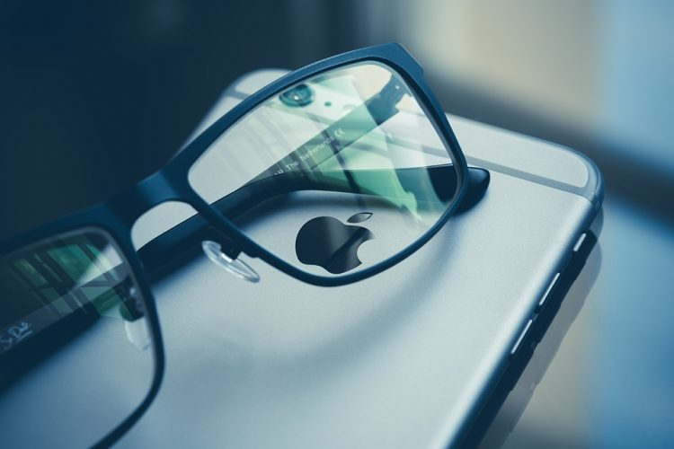 Why Use Blue Light Filter Glasses?