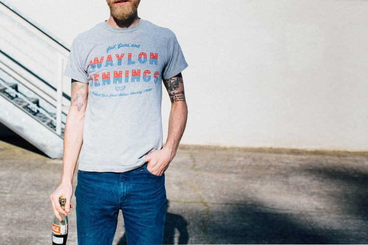 Choosing The Right Pop Culture Clothing Store